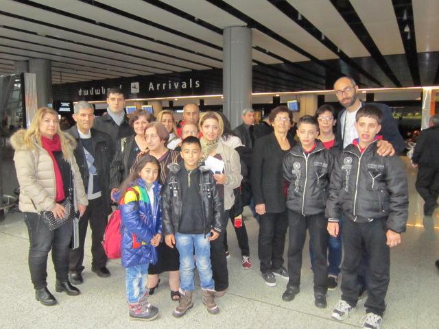 syrian-armenian-families-arrive-at-zvartnots-airport